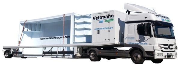 Veltmann Pools Tour weiterhin mit dem Tieflader. Vielmehr nutzen wir diesen zum Transport. Beispielsweise 2014 transportierten wir ein System Becken zu den Ausstellungen. Des weiteren ein Gartenbad in 2015 und 2016.