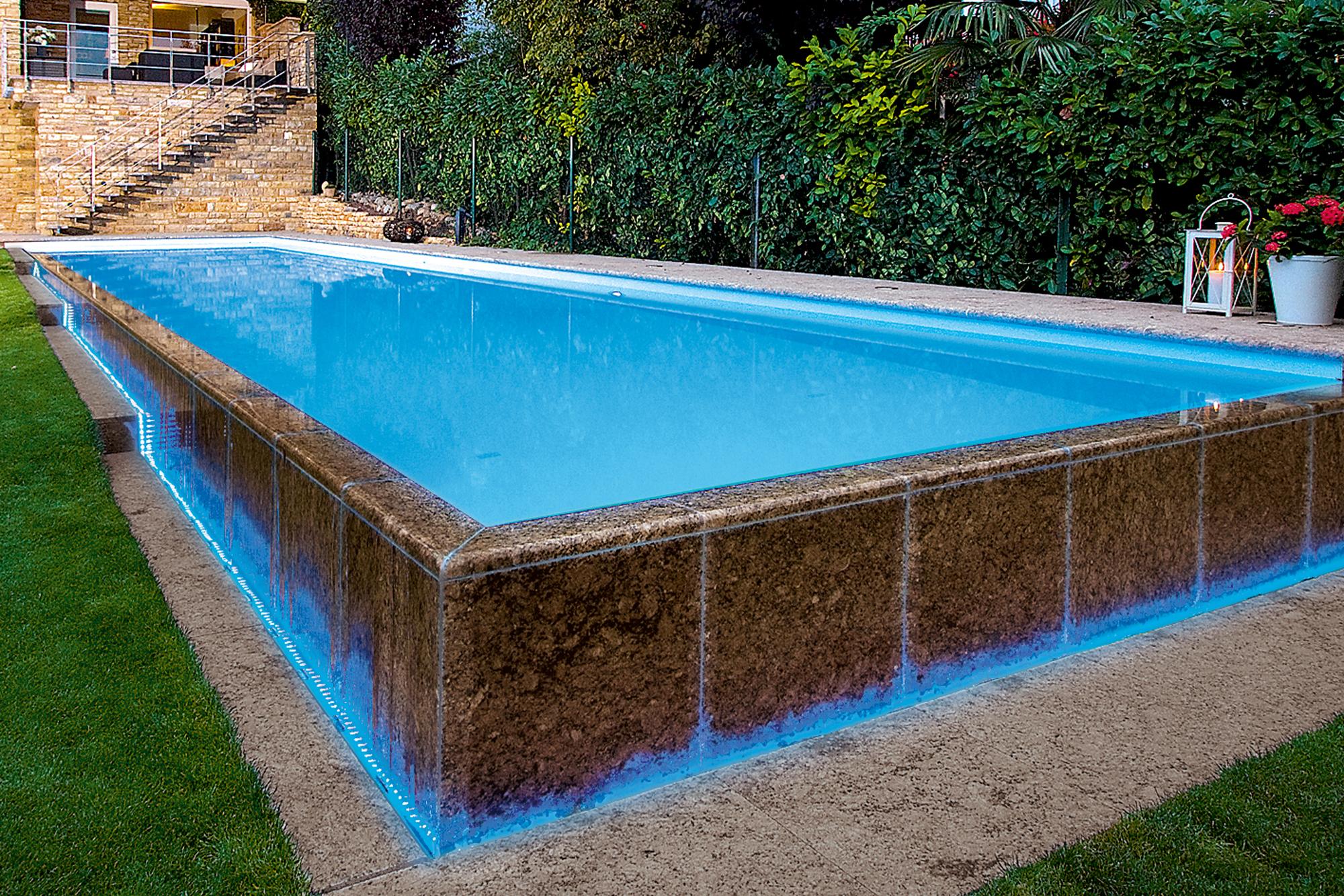 als 20 Meter Einstück Infinty Pool