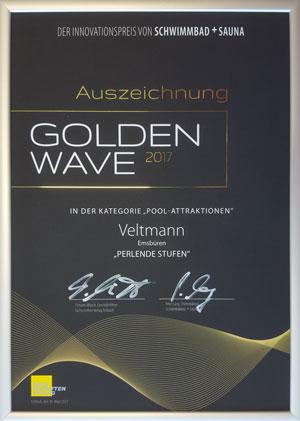 Im Folgenden erhielten wir die Auszeichnung des Golden Wave für die perlenden Treppen