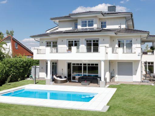 Gartenbad 756 in hellblau, Größe 3,18 m x 7,56 m