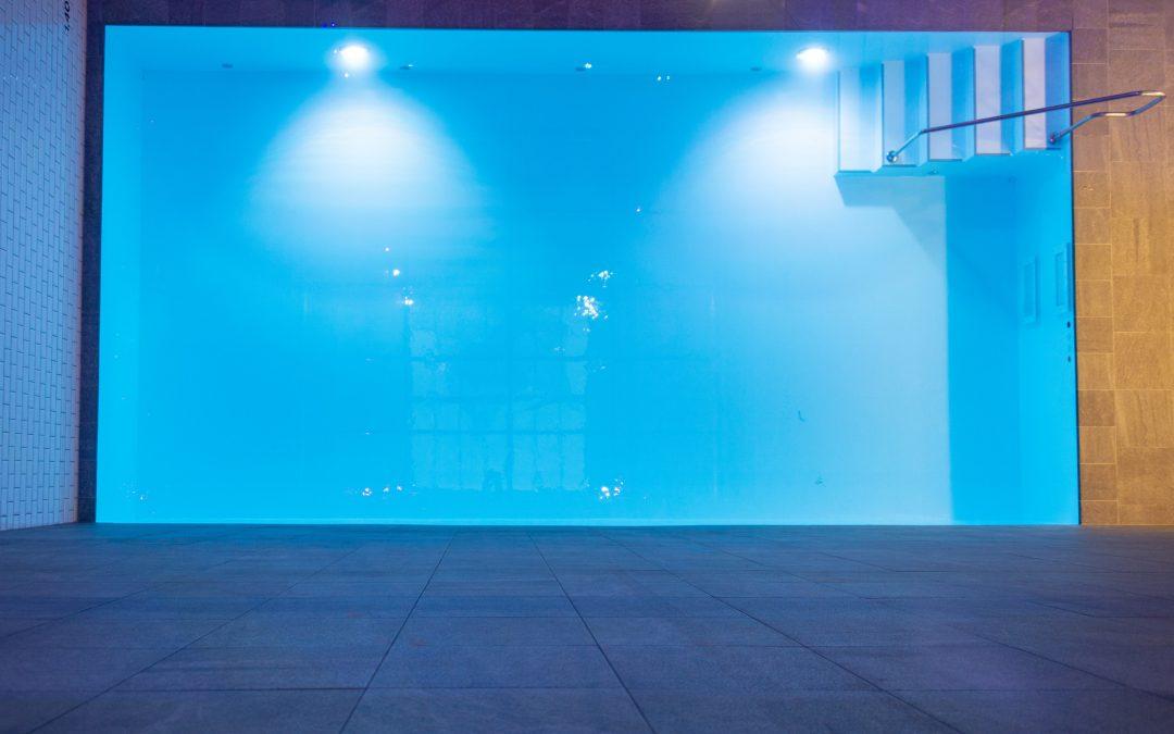 Lieferung und Einbau FPO Fertigschwimmbecken