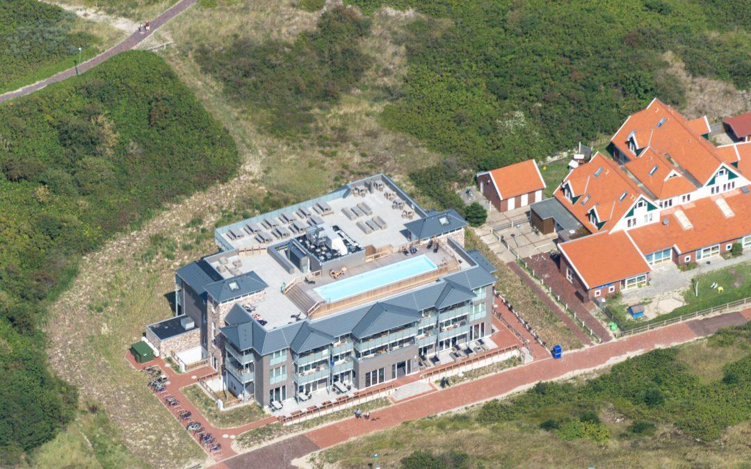 Freistehender 18 m Rooftop-Pool auf Langeoog